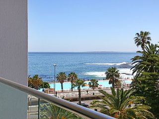 Brand New Ultra Modern 2 Bed 2 Bath Apartment on Sea Point Beachfront | Pavilon, Bantry Bay