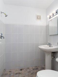 Full Bath off the Bonus Room