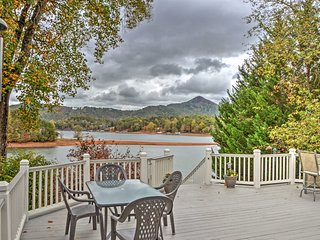NEW! Waterfront 2BR Hiawassee Home w/ Hot Tub!