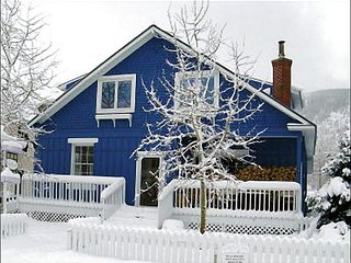 Charming Bed and Breakfast Accommodations - Great for a Romantic Getaway (1179), Crested Butte