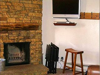 Wonderful Year-Round Vacation Condo - Perfect for Family Trips (1235), Crested Butte