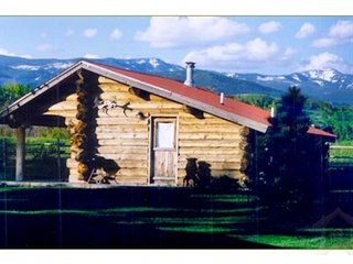 Furnished 1 Bedroom Cabin for rent, Silver Creek Cabin, Bozeman