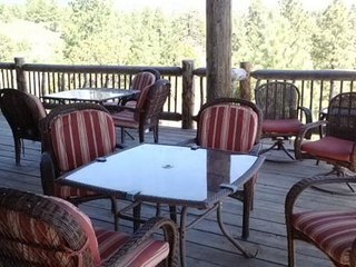 Vacation Rentals Blue Mountain Lodge - Family Reunion Headquarters!, Moab
