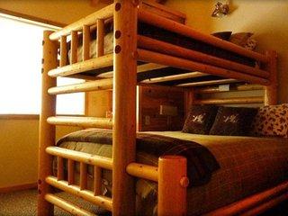 Vacation Rentals Mt. Peale Cabin #3, La Sal