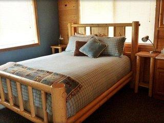 Vacation Rentals Mt. Peale Cabin #4, La Sal