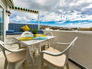 5-2 Sea-view, 4 pax, Costa Adeje, WiFi, 250 m beach