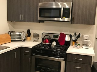 1bd/1bath, brand new apt fully furnished / free  WiFi, Los Angeles