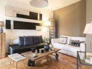 Domino Modern Penthouse Flat