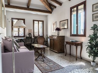 Three Terraces - Unique apartment in Venice with 3 terraces facing the roofs of