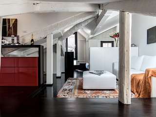 Martina House - One bedroom loft in Venice with air-con internet Wi-FI and