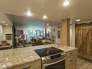 2 BD/2 BA - Steps to skiing - Remodeled Ski Condo, Park City