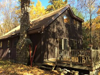 BOOK NOW FOR NEW YEARS! 4 Bedroom Chalet in Lake Harmony JF/BB Ski Resort