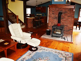 Six Bedroom Country Vermont Home, Monkton
