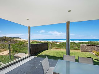 THE PAVILLION 1 - BEACHFRONT, Wamberal