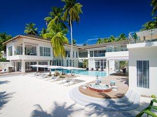 The Amilla Villa Estate - Phenominal position