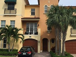 Seasonal Rental - Ocean Bay Villas, Jensen Beach