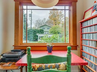 Remodeled historic home with a yard and a great Capitol Hill location!