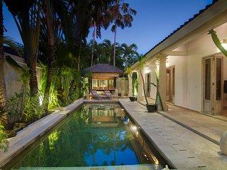 Citrus Tree Villas - La Playa, Seminyak, Bali