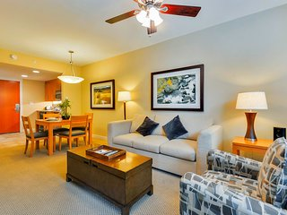 Luxury Ski In/Out In Resort Base Village #3405 - Great Views/Hot Tub/Garage/WiFi, Winter Park