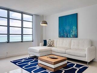 Sea Pearl ~ RA86984, Miami Beach