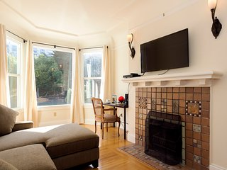 Upscale Home - Perfect Location, Walk Everywhere, Great Views, Free WiFi, San Francisco