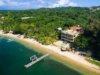 Villa Del Playa #2, Roatan
