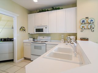 Northshore 976 3 Bedrooms townhouse ~ RA90342