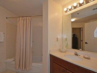 Tides 611 2 Bedrooms condo ~ RA90332