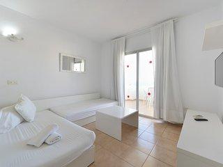 Apartamentos San Antonio Beach1, Sant Josep de Sa Talaia