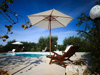 Trullo Azzurra with pool