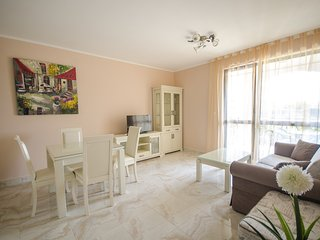Deluxe 1-Bed Apartment near Beach and Aqua Park, Ravda