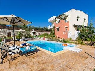 Villa Irene, cosy ambience!, Panormos
