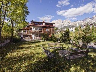 Lungoboite 14 - Cortina, Cortina D'Ampezzo