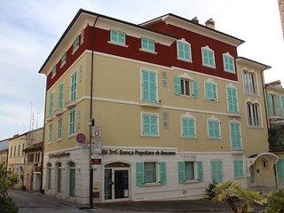 PIAZZETTA BILO - Appartamento nuovissimo al piano terra in centro storico