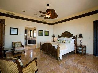 Villa de Los Suenos del Pedregal - 7 Bedroom