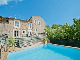 Large Holiday Rental South of France - Sleeps 8+ Heated Pool & Near Beaches.