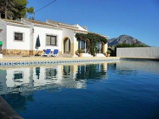 Casa Anita, a Peaceful Traditional Villa With Rustic Charm And Free Wi-fi, Javea