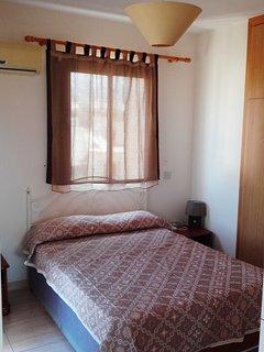 Camera da letto matrimoniale con balcone privato