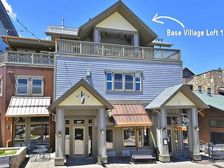 Base Village Loft 101