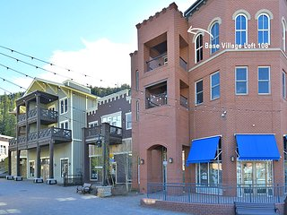 Base Village Loft 108, Winter Park