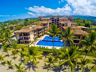 Bahia Encantada 4H - Three Bedroom Condominium