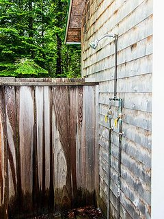 Guest house outdoor shower