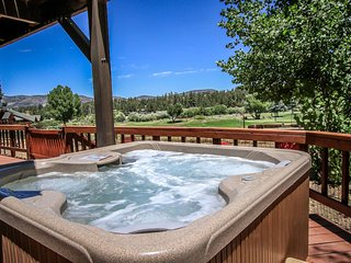Alpine Ski & Tee Ultra Relaxing 3BR + Guest Apartment / Private Hot Tub / Air-Ho