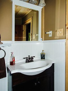 Basement bath with tub/shower