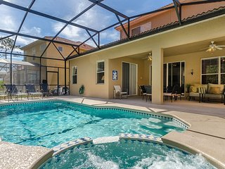 Beautiful private pool home 10 mins from the gates of Disney
