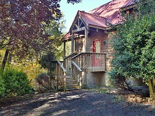 Angle's Loft a 2br cabin., Sevierville