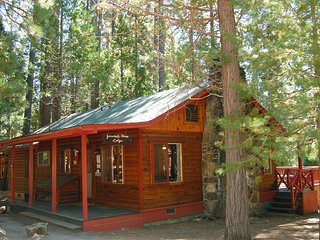 (3N) Lockwood Lodge, Wawona