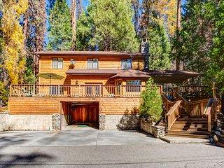 (7) Cedar Lodge, Parque Nacional de Yosemite