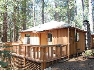 (9S) Pine Cabin