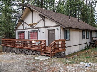 1257-Beary Sweet Retreat, Big Bear City